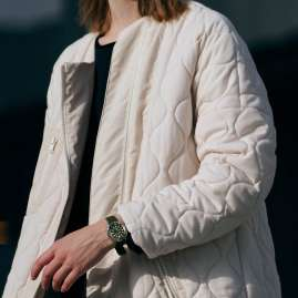 Seiko SUT405P1 Prospex Sea Solar Taucher-Uhr Grün/Beige