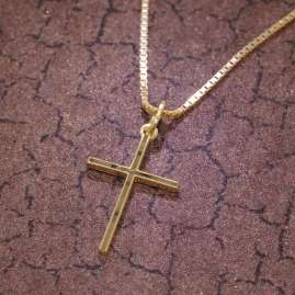 trendor 08492 Children's Cross Pendant Gold 333/8K with Gold Plated Necklace