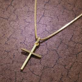 trendor 08496 Cross Pendant Gold 333/8K with Gold Plated Necklace