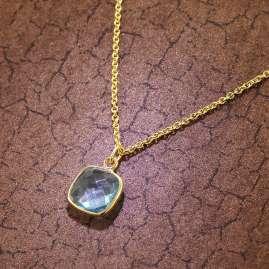 trendor 51180 Damen-Halskette Silber vergoldet Collier mit hellblauem Quarz