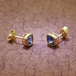 trendor 51684-03 Stud Earrings Gold 333 / 8K Cubic Zirconia London Blue