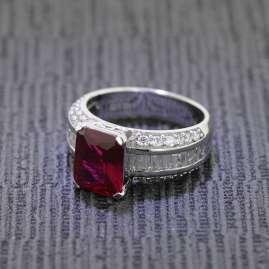 trendor 68367 Silber Damenring Royal Zirkonia rubinrot