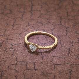 trendor 39396 Damenring Gold 333 Verlobung Heiratsantrag Herz mit 6 Zirkonias