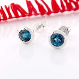 Acalee 70-1022-03 Earrings White Gold 333 / 8K with Topaz London Blue