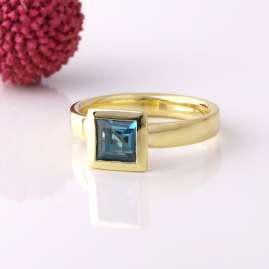 Acalee 90-1014-03 Damenring Gold 333 / 8K Topas London Blau