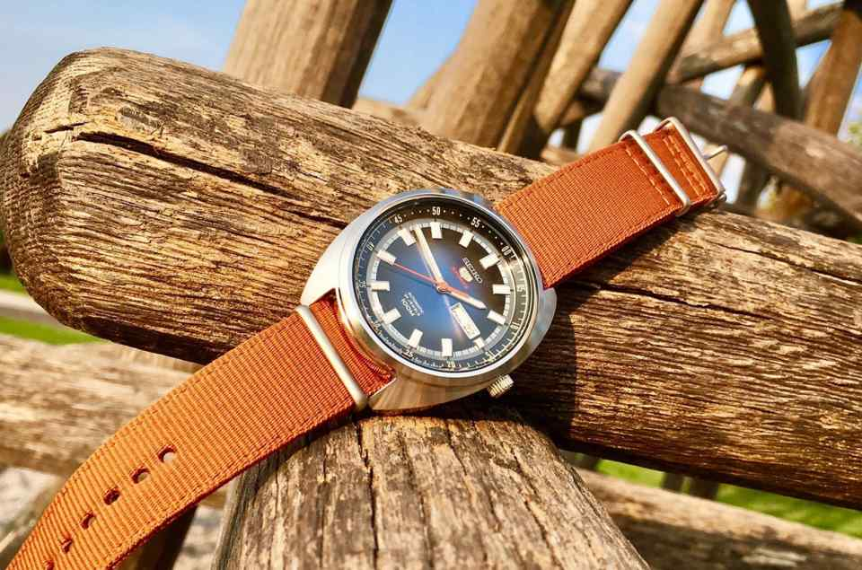 Uhren mit Textilarmband